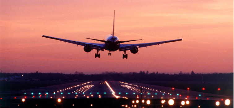 Gatwick Airport, aircraft landing at dawn, 2002, SB (CGA535)